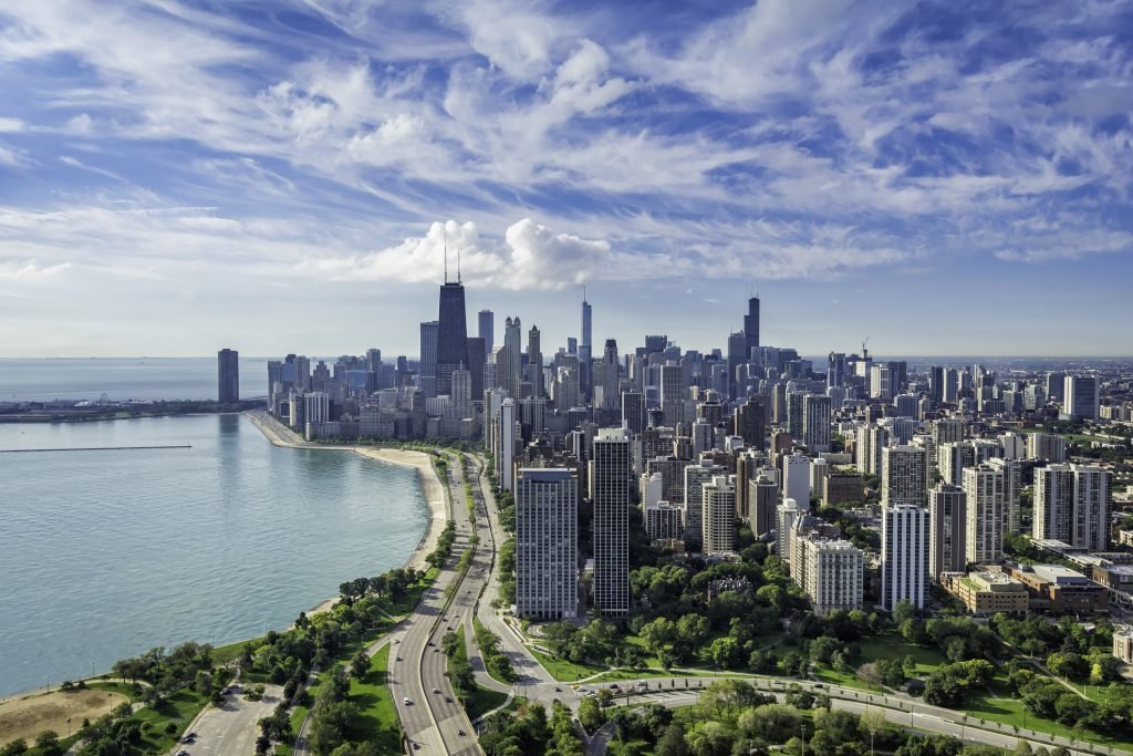 Looking for discounts? The best time to visit Chicago is on the off-season.