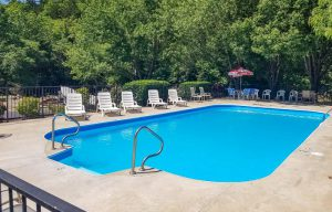 Fall Creek Inn is among the top Branson Hotels with outdoor pools