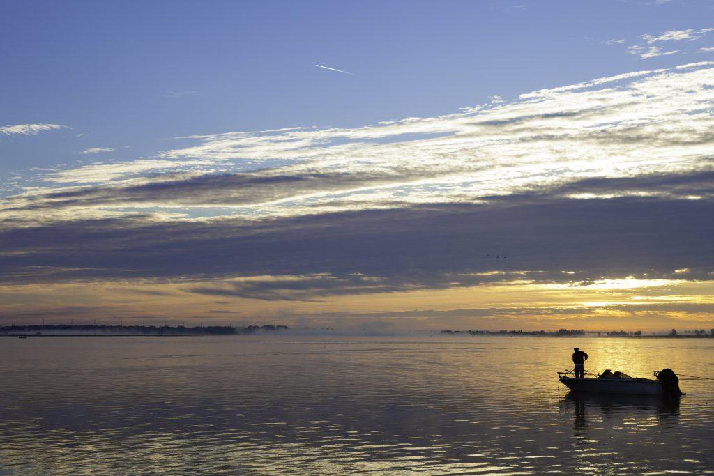 Go to Lake Toho for lakeside fun in Kissimmee