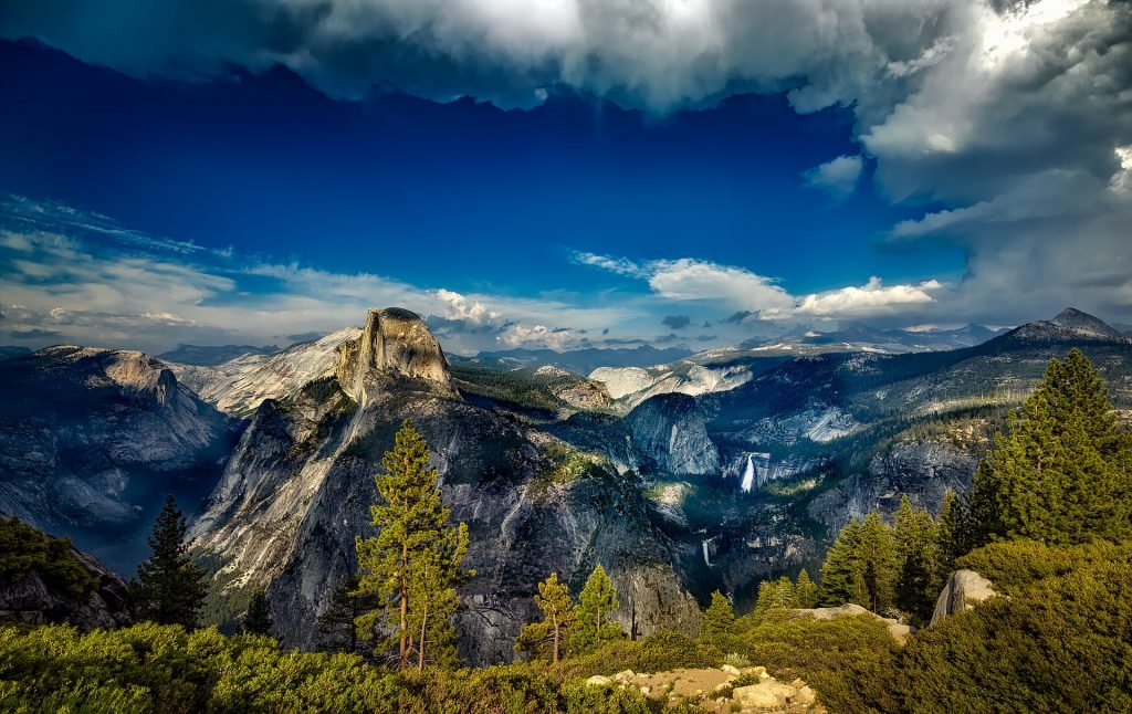Consider taking a day trip from San Francisco to Yosemite National Park