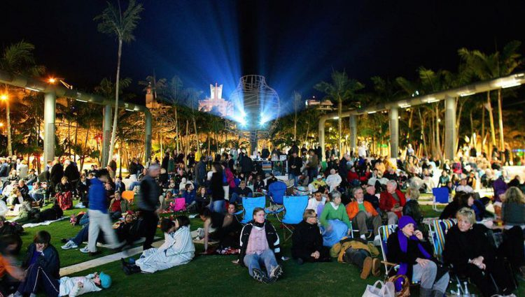 Free things to do in Miami include movies in Soundscape Park