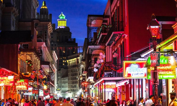 NEW ORLEANS NIGHTLIFE: WHERE TO GO FOR A GOOD TIME