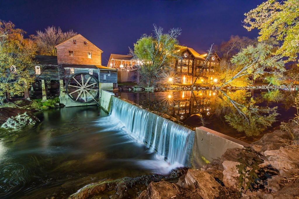Visiting Pigeon Forge on a budget is simple.