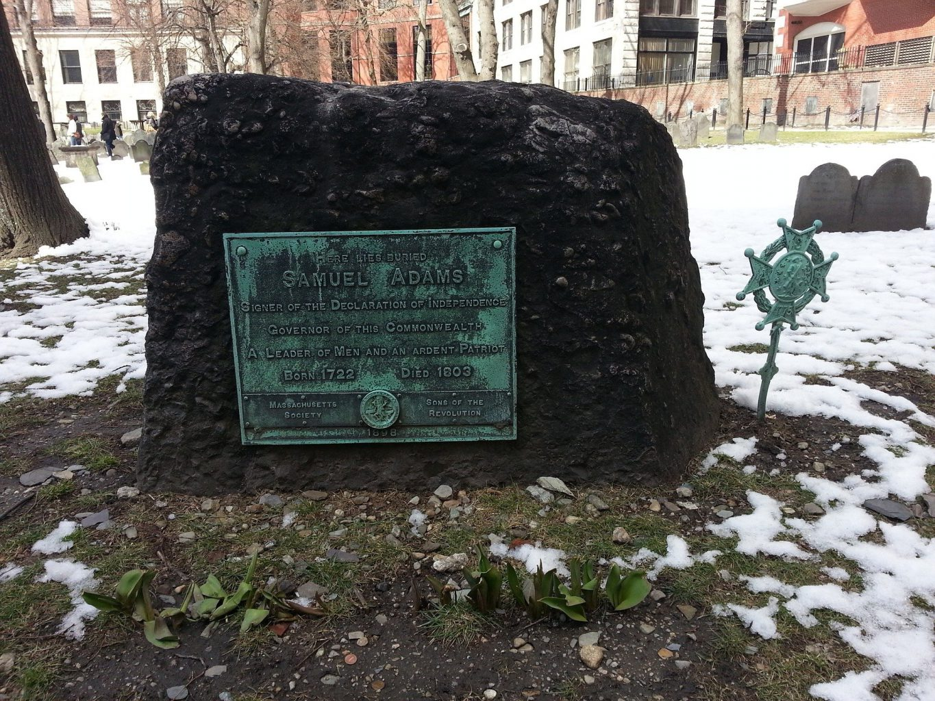 Free things to do in Boston include touring the Granary Burying Ground